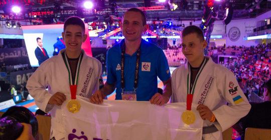 Die  Biotexcom Auswahlmannschaft hat drei Weltmeister im  Brazilian Jiu-Jitsu!